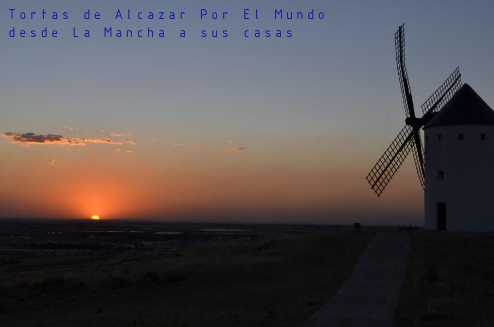 """Puesta de sol desde el Cerro de Los Molinos de Alcázar de San Juan """"desde La Mancha a sus mesas"""""""